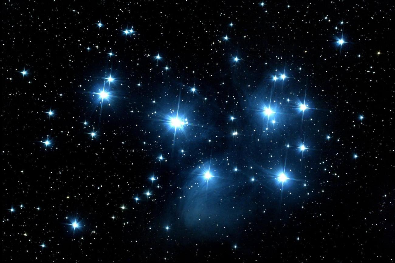 Pourquoi les étoiles sont-elle...